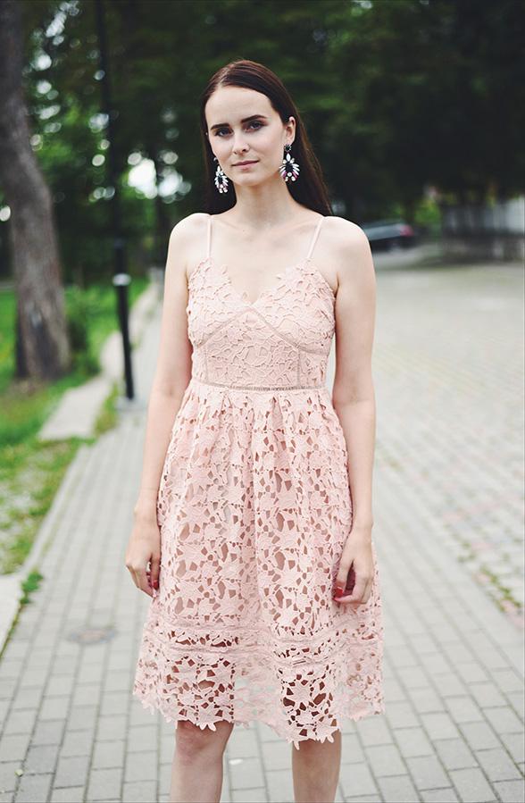 Blush pink lace dress - Mariliis Anger - heleroosa kleit